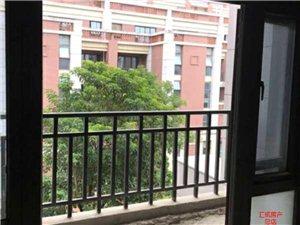 茶博汇店面挑高4.8米楼上套房仅售135万元