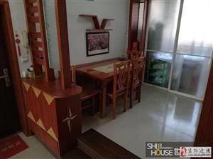 汇龙湾小区婚房带小房出售急售一周53.5万元