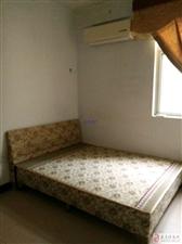 (中心地段)亲水湾3室2厅2卫1800元