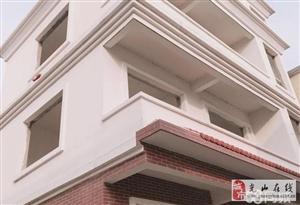 牌坊路别墅4室3厅4卫137万元
