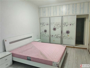 故园小区3室2厅2卫56.8万元