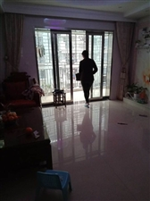 君悦华庭二期3室2厅97平100万元