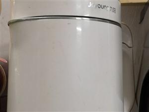低价出售九阳豆浆机一台