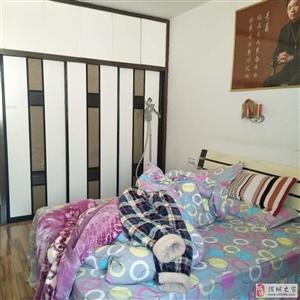 莲花垅附近精装房送车位3室3厅3卫80万元