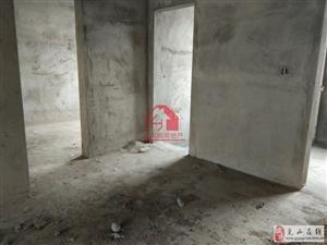 金泰领秀城3室2厅2卫94万元