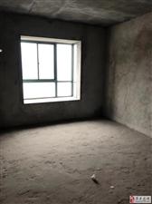 金三角小区电梯房[發][發][發]8楼证上131平 南北通透 户型端正 仅售65.8万