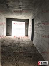 长阳新城毛坯107平米,三室两厅,40
