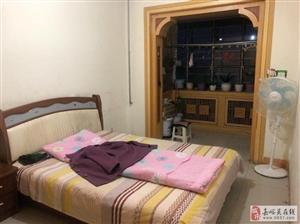 1楼新华南小区2室2厅1卫22万元地下室6平