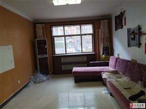 出售兴德里一楼101平两室通厅105万可议位置好二中学片房