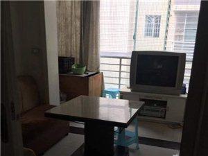解放广场后街4室2厅2卫2800元/月