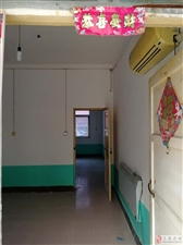 南湖公园兰阳第二小学大门东侧3室2厅1卫1000元/月