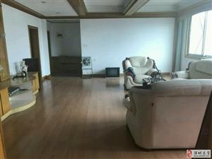大圆弧汉兴大厦3室2厅2卫95.8万元