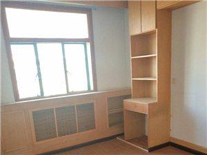 六合里3室1厅1卫47万元