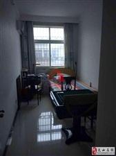 九龙华府3室2厅2卫78万元