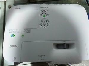 NEC高清投影仪9成新