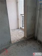 滨河新城138.4平3室2厅2卫90万元