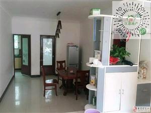 锦龙苑小区二房拎包入住1500元/月