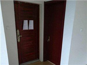 普利斯花园电梯8楼3室2厅1卫1100元/月