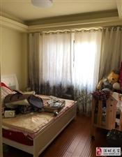 名桂首府稀缺复式6房2厅豪华装修仅售150万