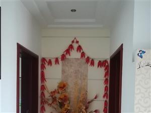 天山花园1楼精装159平4室拎包入住2000元/月
