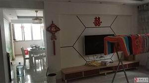 紫兴新城139平米,3室2厅2卫售85万元