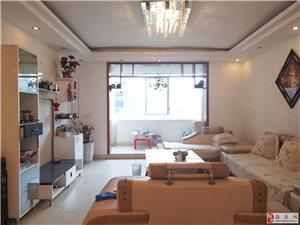 水木江南 4室2厅 1000元/月 带家具家电