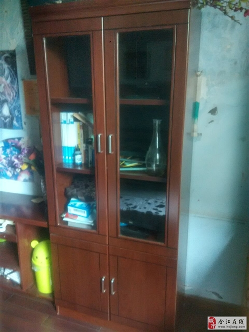 出售1.2米和1.8米办公桌9成新