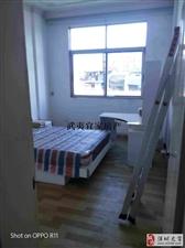 3室2厅2卫68万元兴浦路南北通透精装修三房