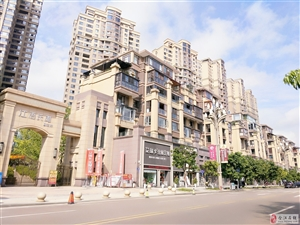 江语长滩一期3室2厅2卫125万元豪装17楼