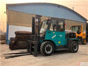 3吨四驱叉车5吨越野叉车批发,混凝土搅拌车,两头忙