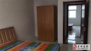平章府小区3室2厅1卫1400元/月