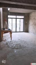 山水龙城4室2厅2卫45万元