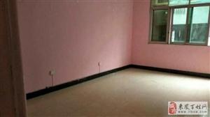 步行街后排三楼3室2厅