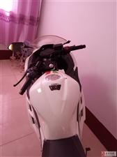 基本全新摩托车