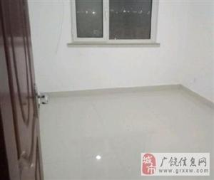 青青家园8楼100平中装带储藏室看房议价紧邻学校