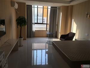 腾辉国际城+单身公寓+拎包入住+1000/每月