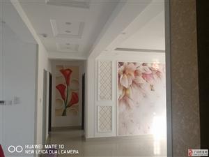 锦湖小区精装3室2厅2卫1500元/月