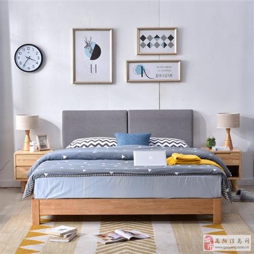 出95新1.8*2.0米實木床+席夢思床墊+2床笠