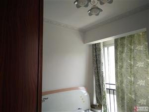 沸城时代2室1厅1卫900元/月