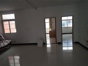 鸿翔花园3室2厅1卫年租金7500,包物业