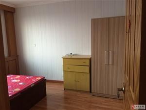 同盛西区2室1厅1卫1600元/月