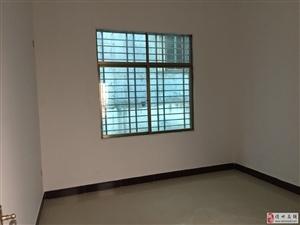 宏达路两层楼7.5x15价格155万元