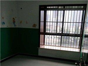 渭阳中路2号国润翠湖3室2厅1卫旁边就是渭滨