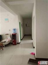 超低价房源140�O4室2厅带装修好楼层急售!