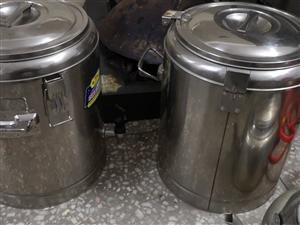 【二手推荐】出售二手不锈钢保温桶2个价格面议