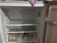 出售8诚新海尔冰箱,状态好