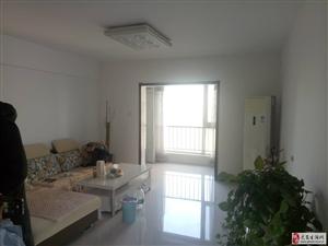 天洋城3室2厅2卫大客厅三个阳台