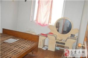 康乐佳苑小区2室1厅1卫1250元/月