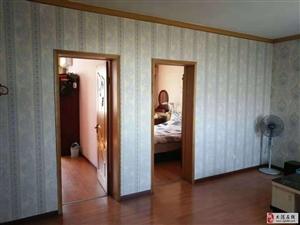 福苑里三楼101平米两室精装修实验学片