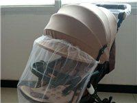 全新婴儿手推车,可以躺着可以坐着,还有斗篷可以遮阳